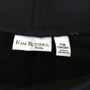 Pull on pants by KIM ROGERS Size Petite PM Short